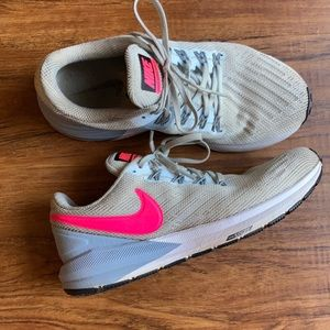 Nike zoom structure 22 sneakers size 7